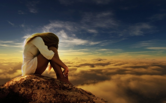 sad-woman-mountain-clouds-wallpapers_44694_1920x1200